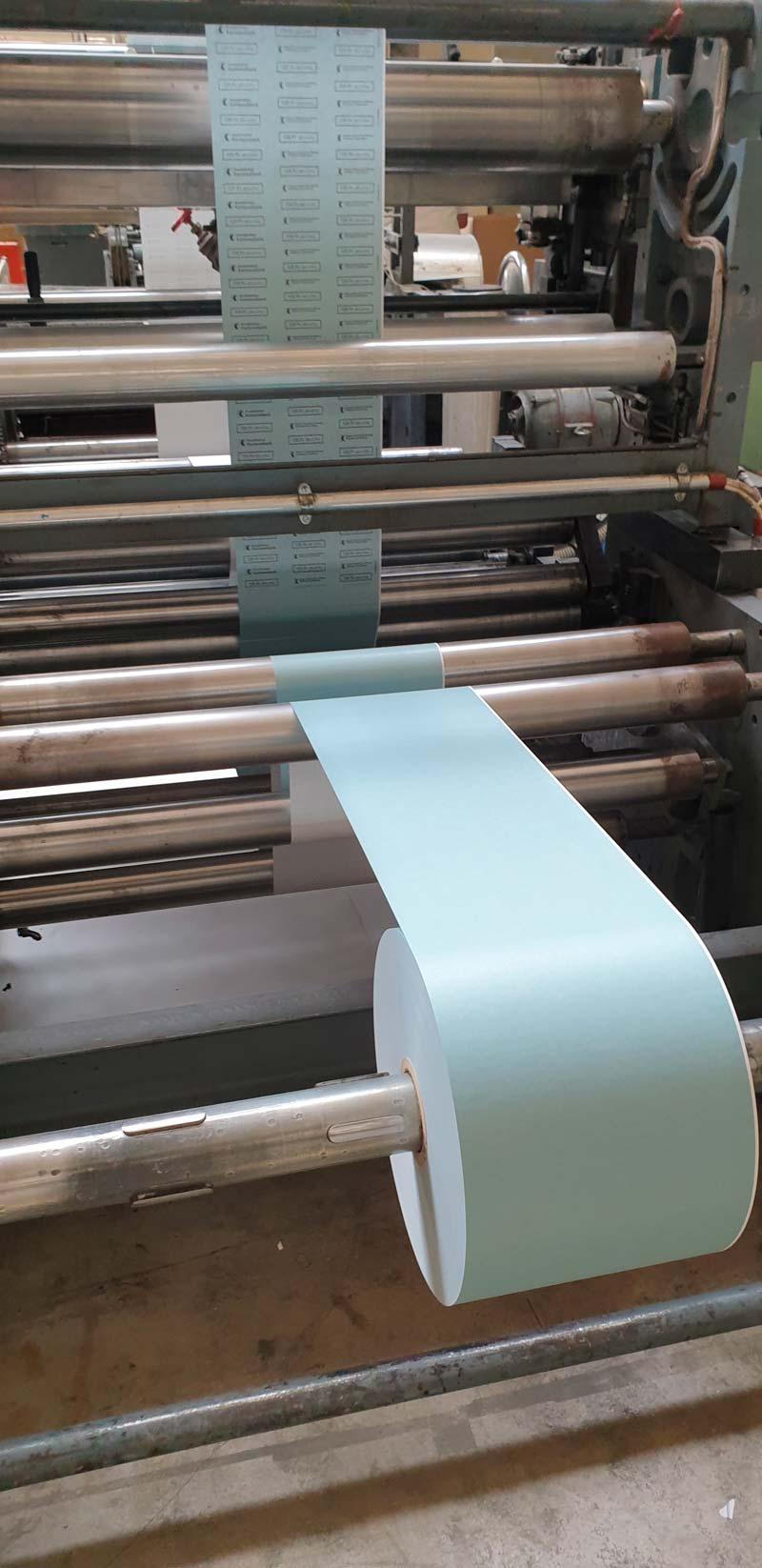 rouleau bleu imprimé